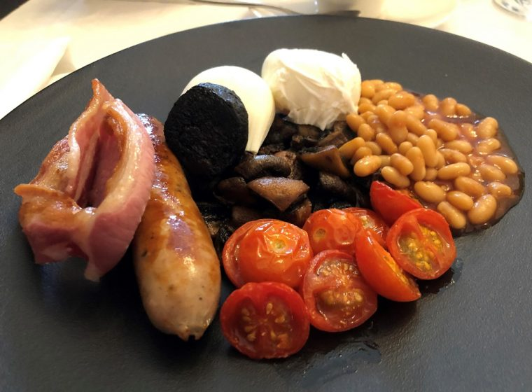 Paschoe House full English breakfast
