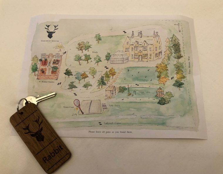Hand drawn picture of the grounds of Paschoe House