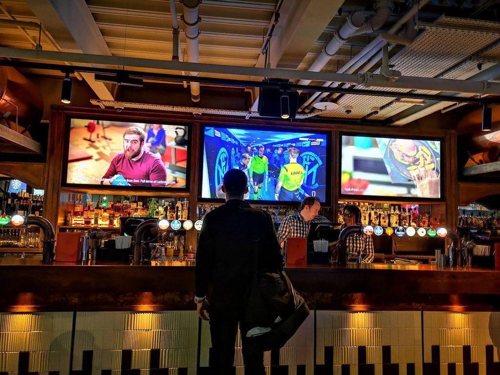 Redwood London Bridge bar