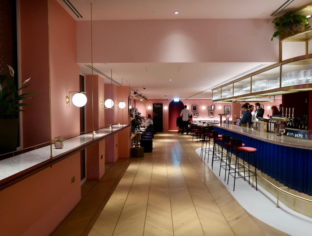 Boulevard Theatre Restaurant