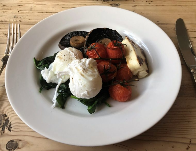 Plate of vegetarian breakfast at Chequers in Montgomery