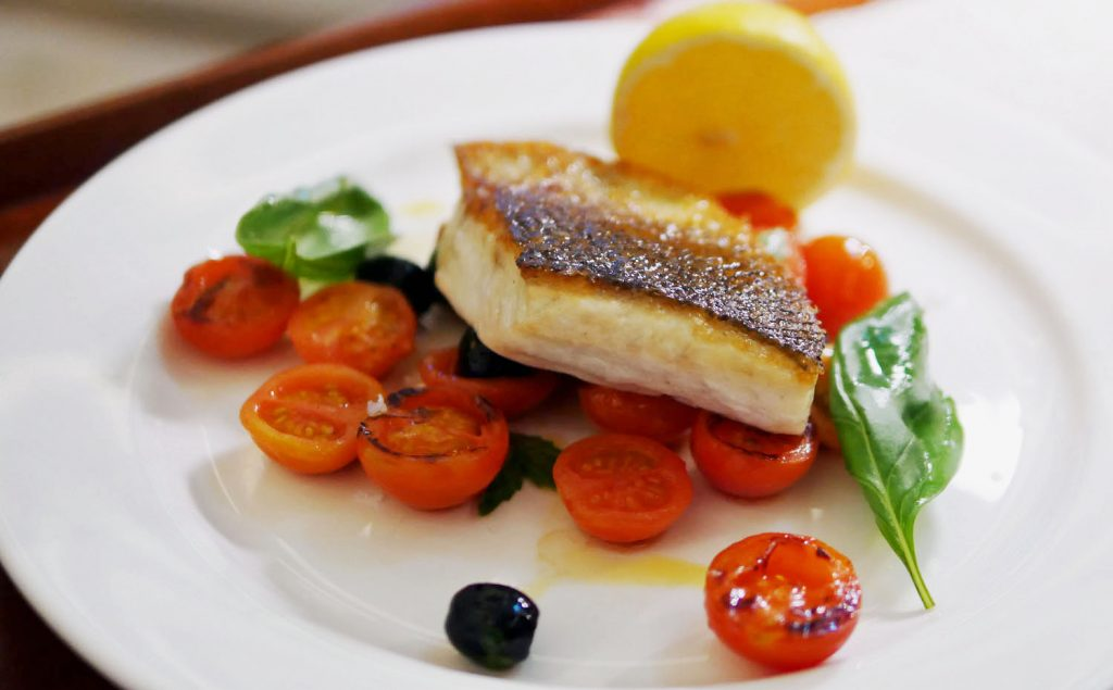 Seabass with tomatoes - Maia