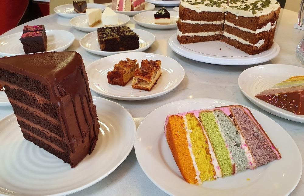 Sidoli - Range - Choc Cake - Rainbow Cake
