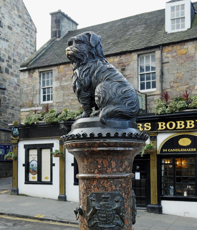 Greyfriars Bobby Edinburgh statue