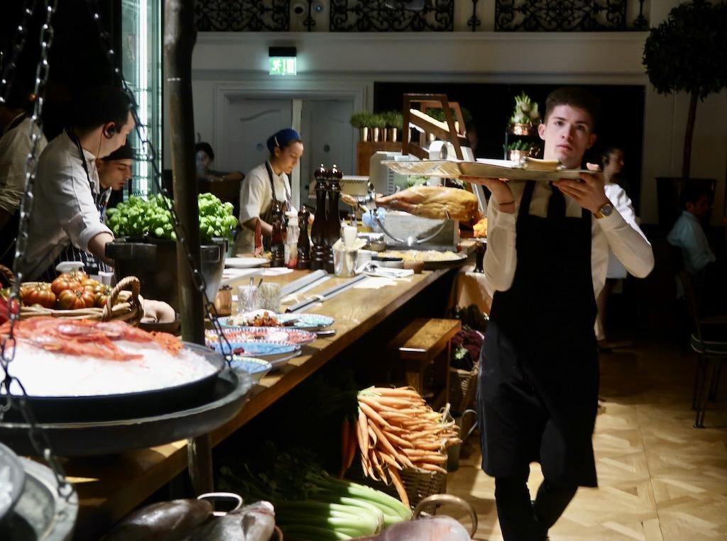 Novikov Italian- anti pasti
