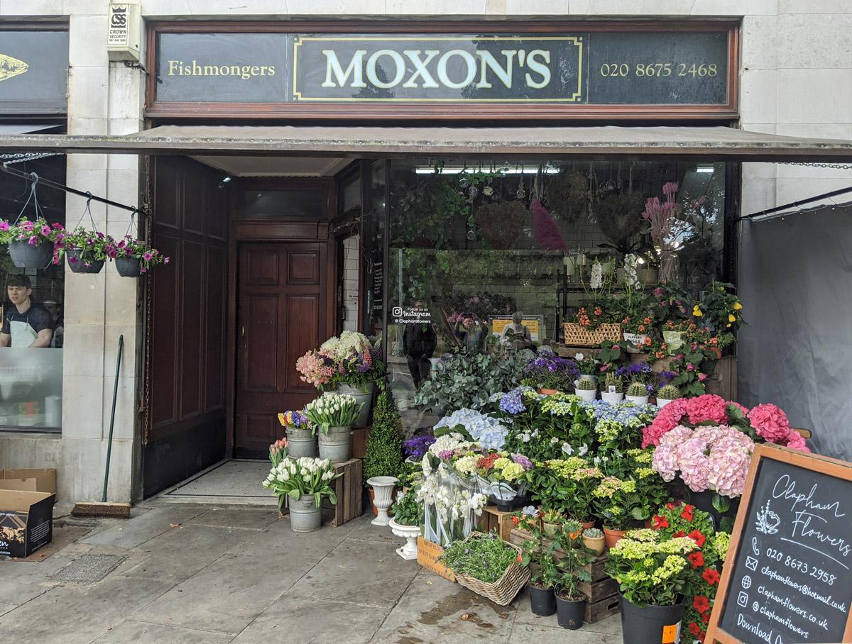Moxons and theFlorist