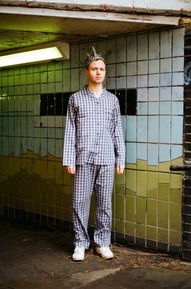 Actor and writer Alistair Hall in 'Declan' (c) Jamie Luke Scoular, 2019 (1)