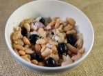 Cannellini beans with olives, onion and lemon juice