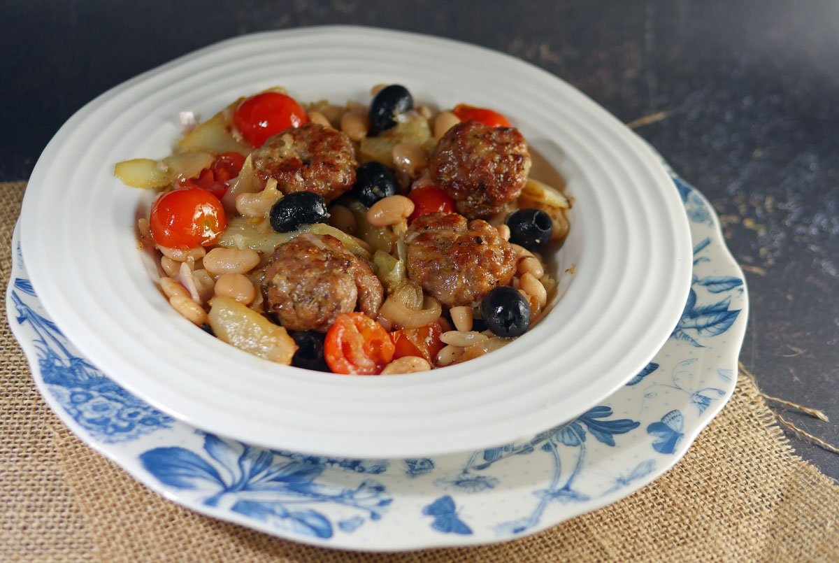Pork meat balls with lemon and fennel