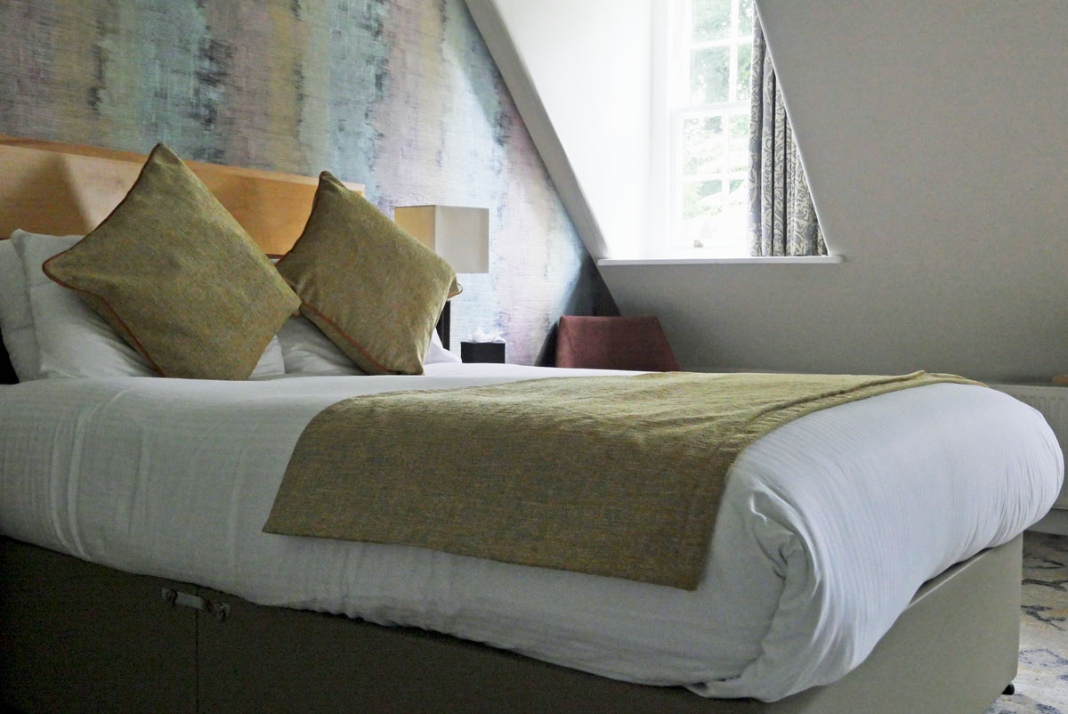Bedroom and Window - Salibury Green Hotel