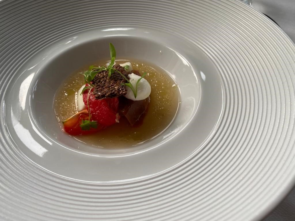 Pale-Hall-The-Eight-tasting-menu-Heritage-tomato.j