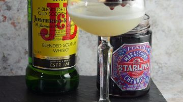 J&B Sinatra Sour - Whisky Sour Cocktail