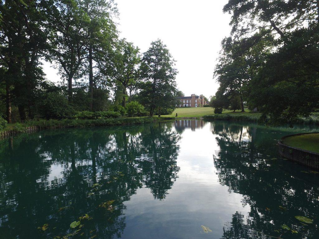 THE VACHE LAKE
