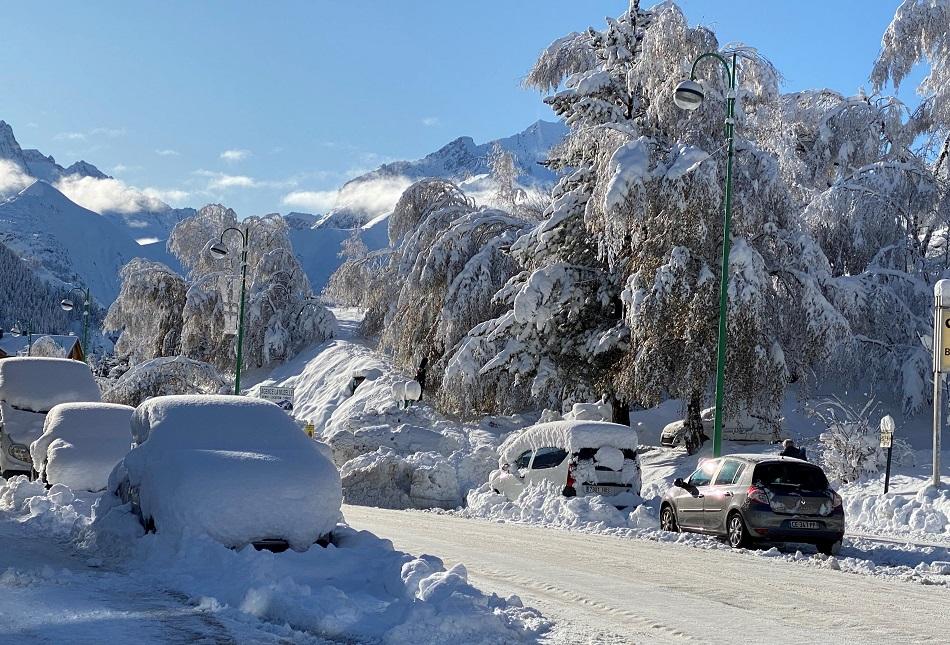 Snowy view Les 2 Alpes France
