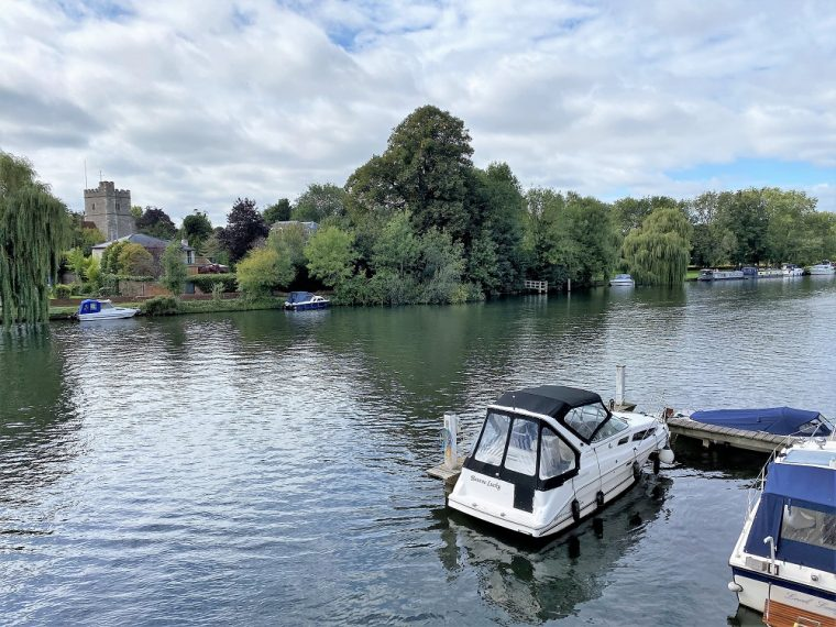 the river Thames at Cookham