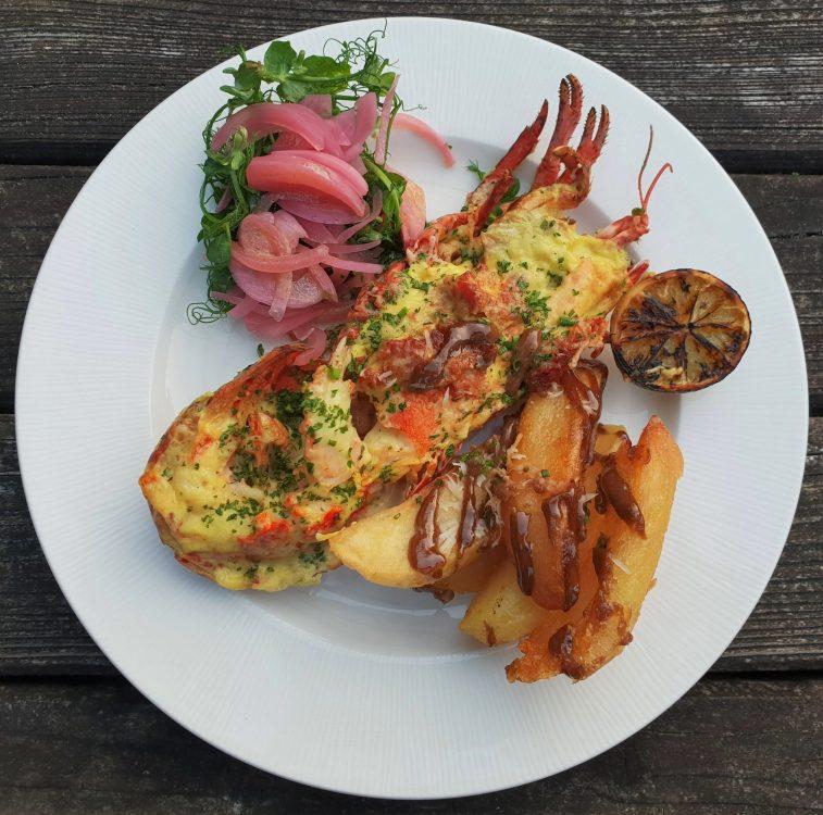 Restaurant Twenty Seven Lobster and millionaire dirty fries