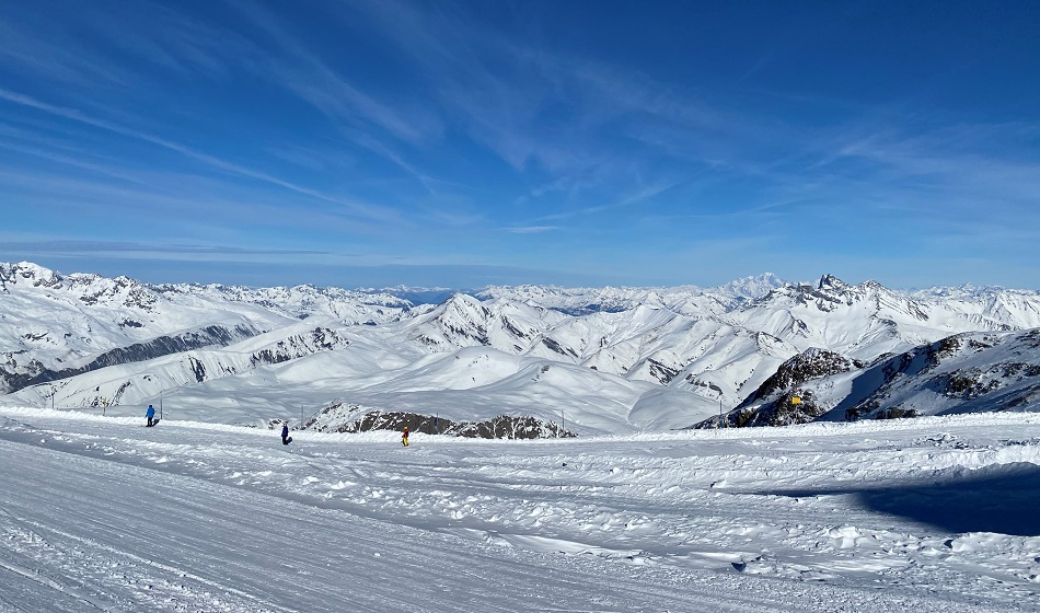 Mountain view skiing down from the top of the funicular Les 2 Alpes France