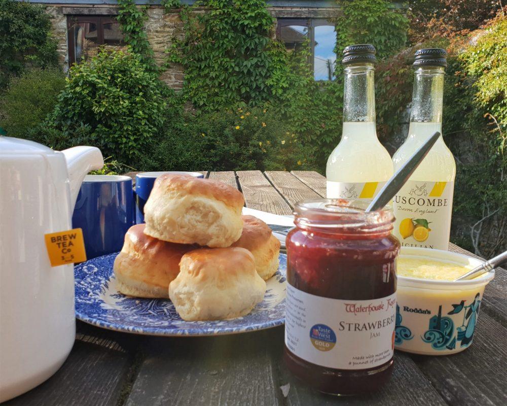 Devon, cream tea from Darts Farm