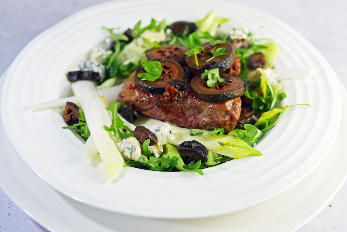 Rump Steak with Blue Cheese and Pickled Walnuts 2