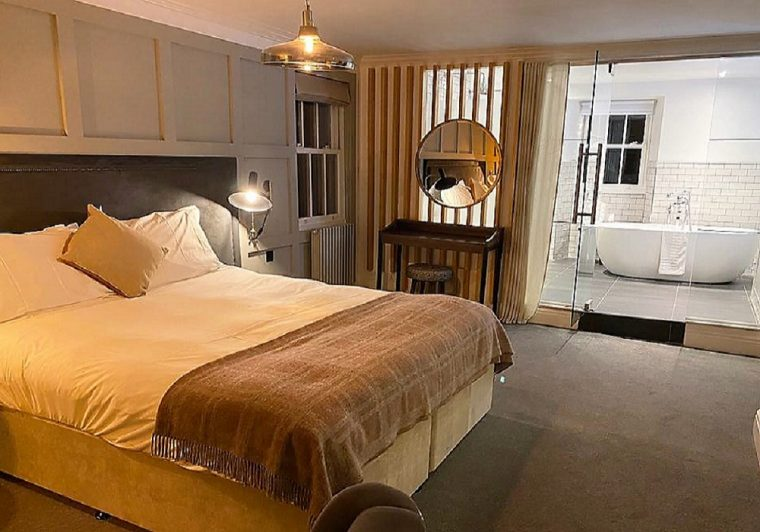 Bedroom at the Black Bull Sedburgh