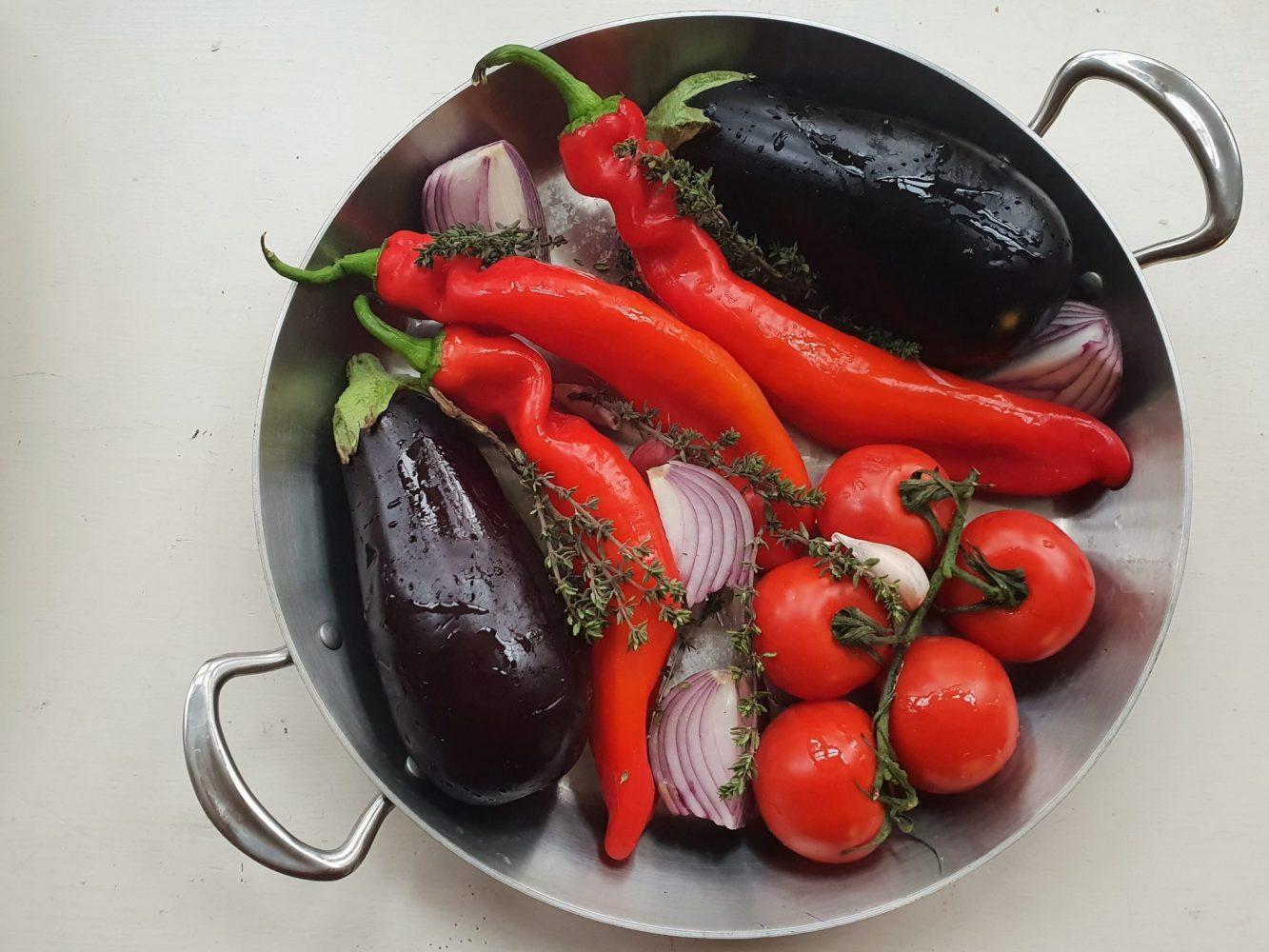 Green Tin Roasting Vegetables