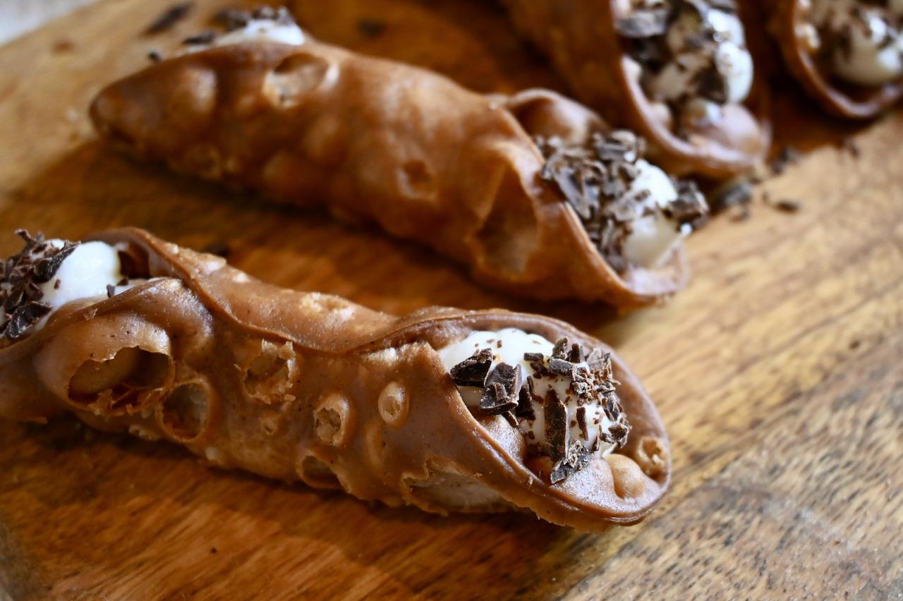 Fidelari - Sicilian cannolo