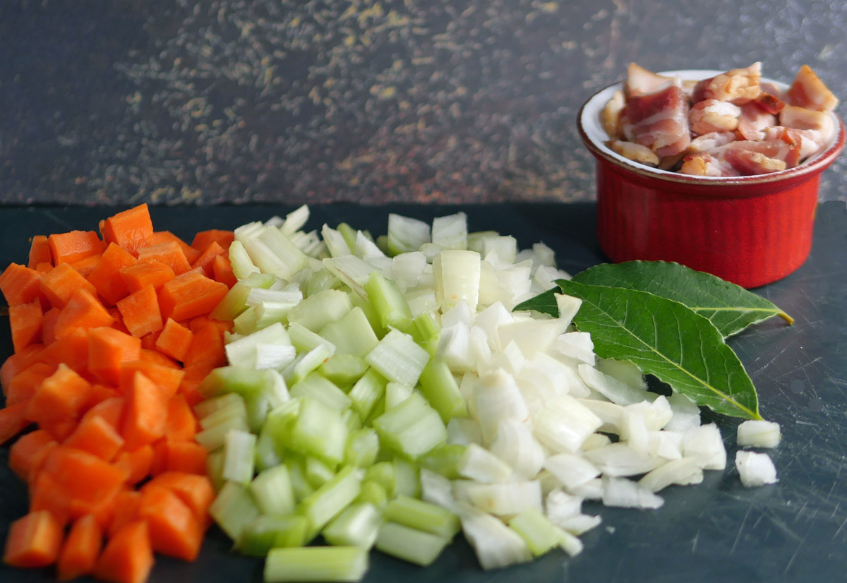 Vegetables and bacon for Venison in Ale