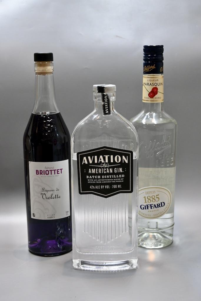 Aviation gin, Liqueur de violette, liqueur marasquin