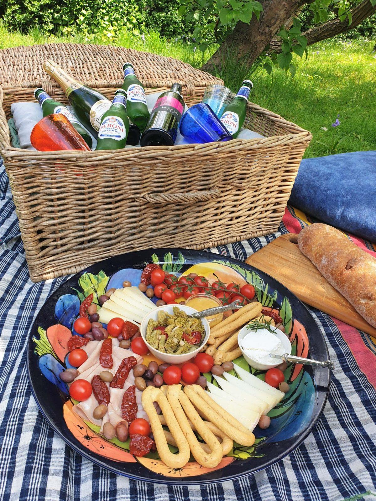 Cosaporto Italian picnic