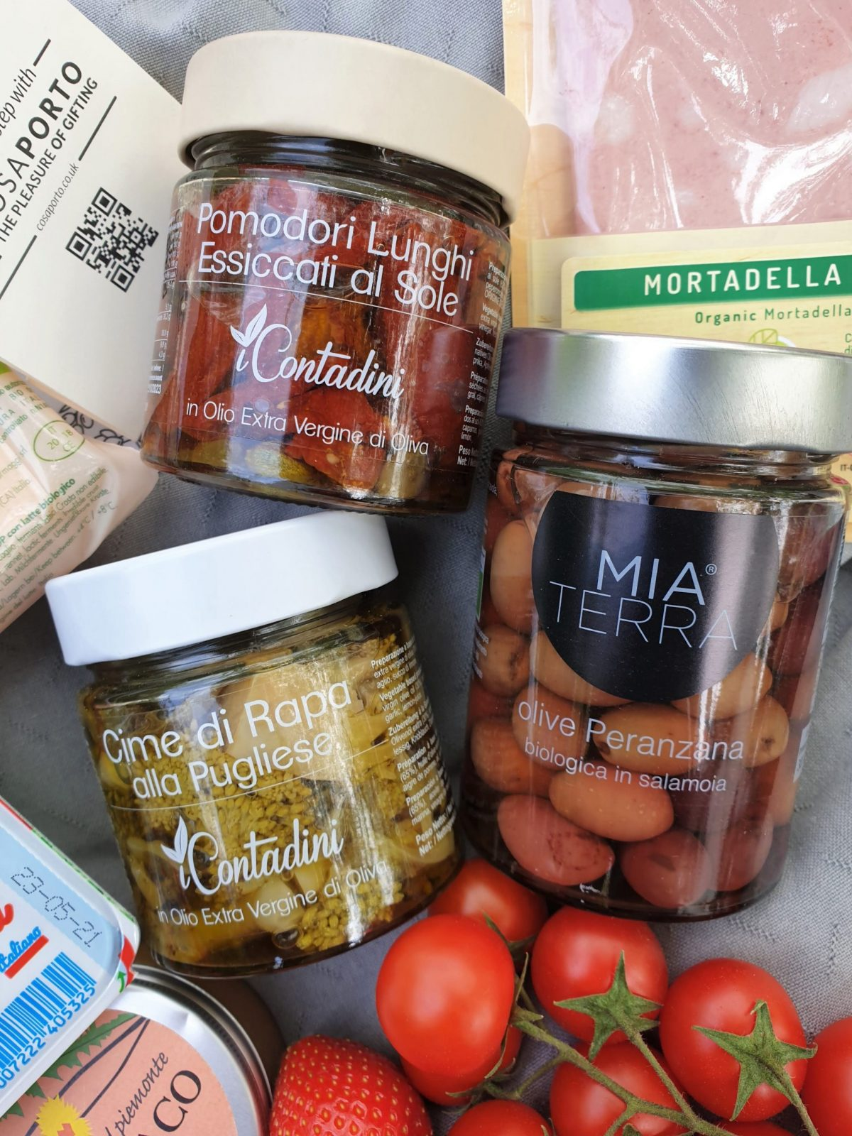 Cosaporto cured products