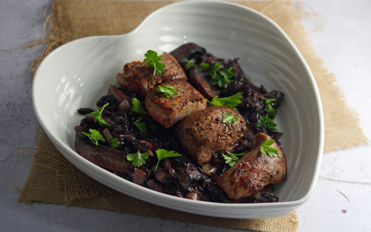 Wild Boar tenderloin steak with Mushroom in red wine
