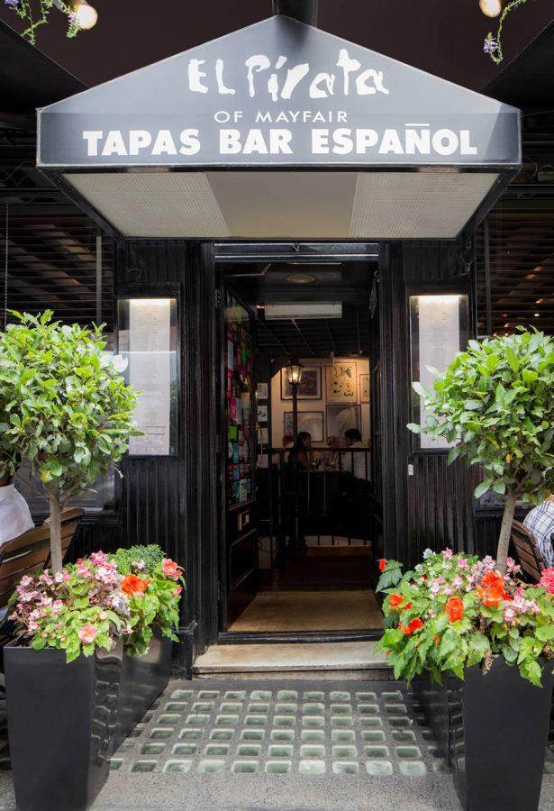external view of El Pirata restaurant