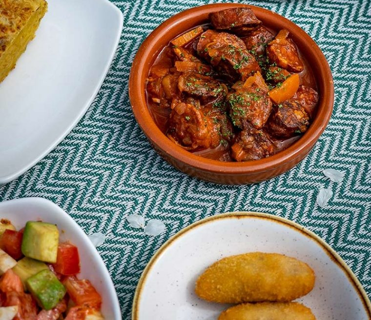 Spanish food from El Pirata restaurant