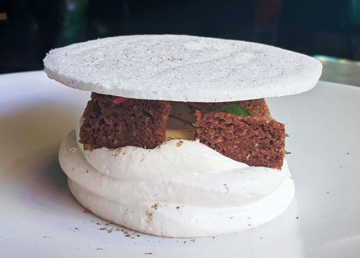 Yuzu Cheesecake with meringue
