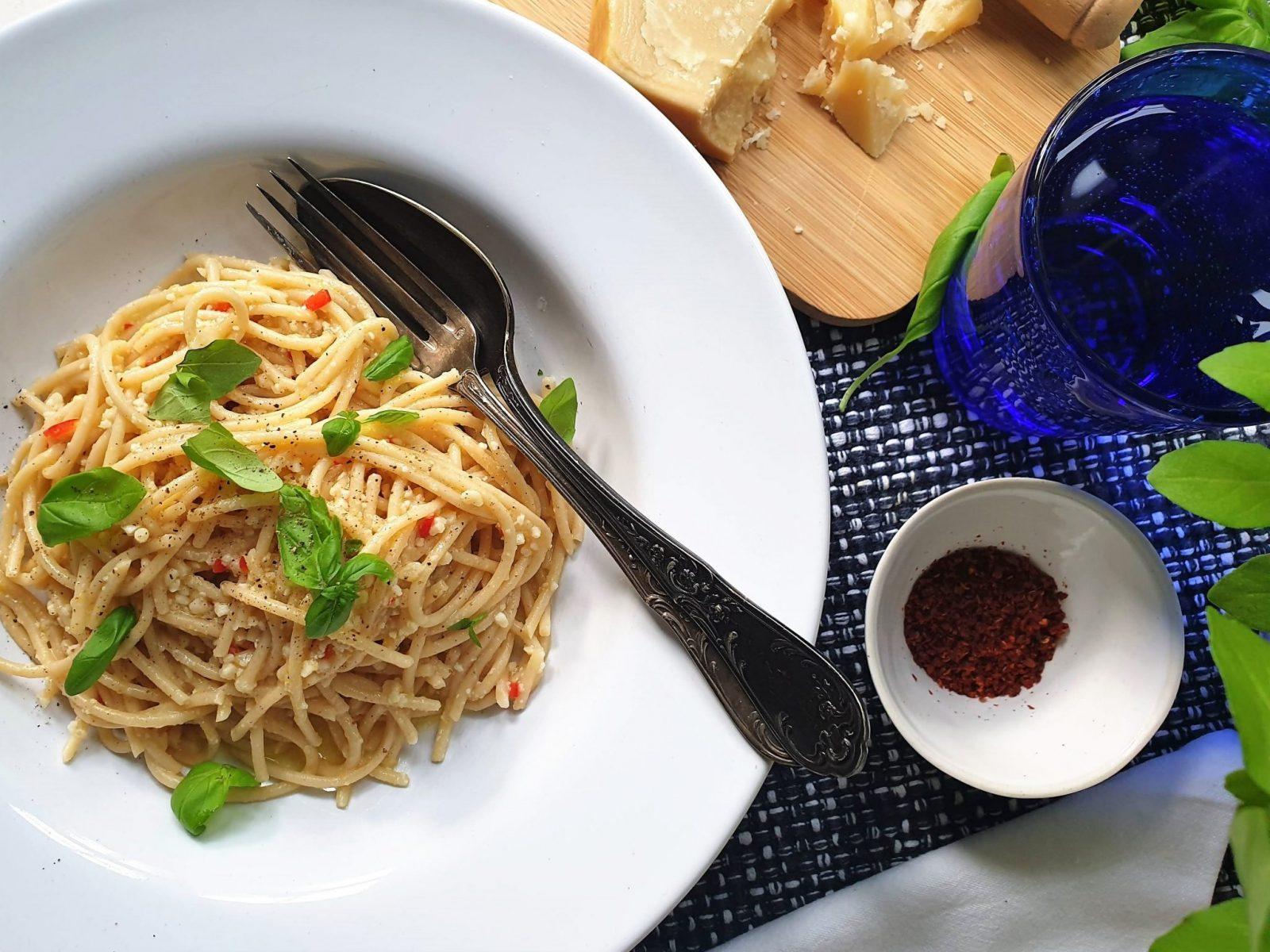 Sicilia lemon, parmesan, chilli, basil linguine-