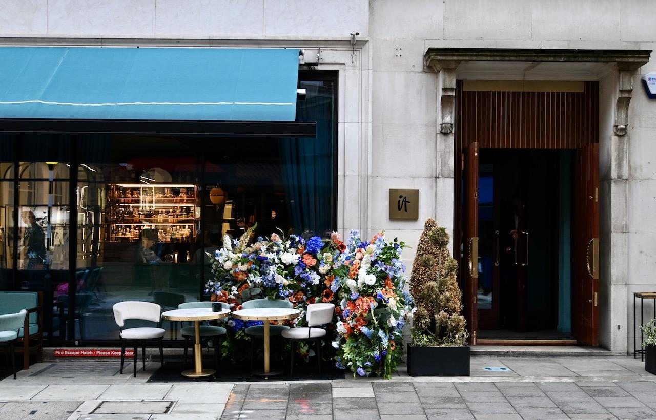 IT London exterior