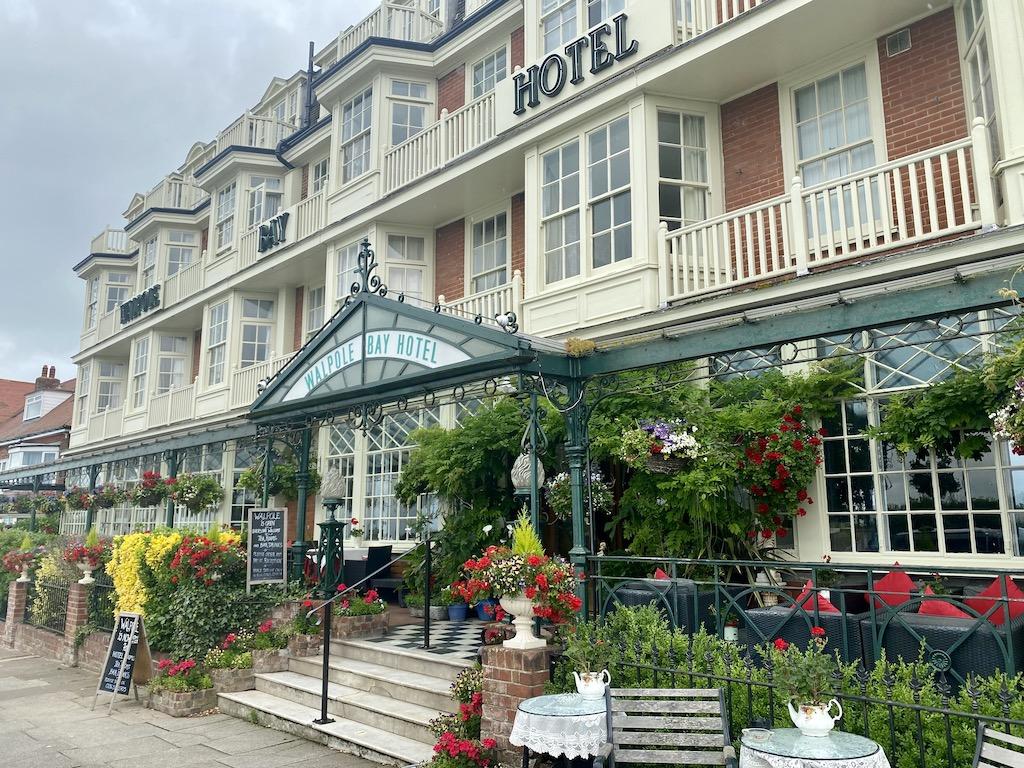 Warpole Bay Hotel