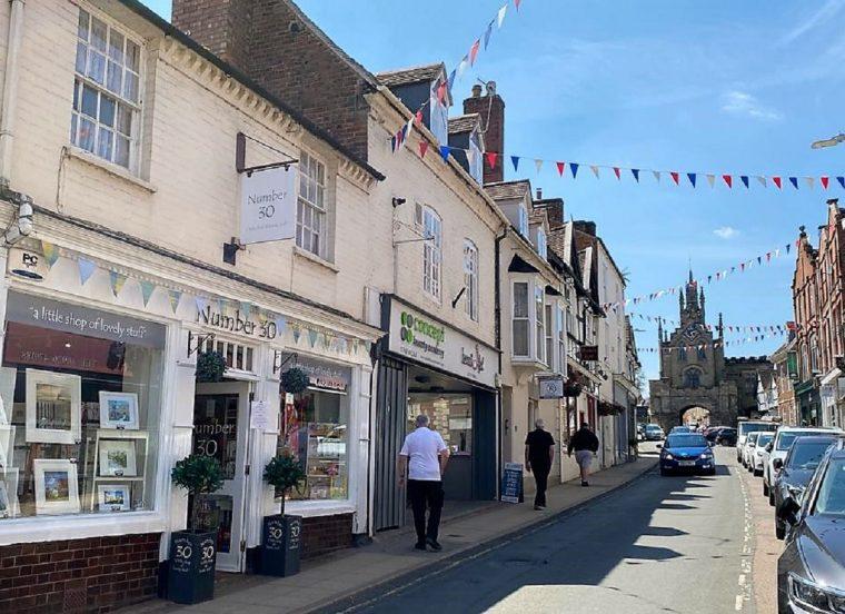 Shops on Smith Street Warwick