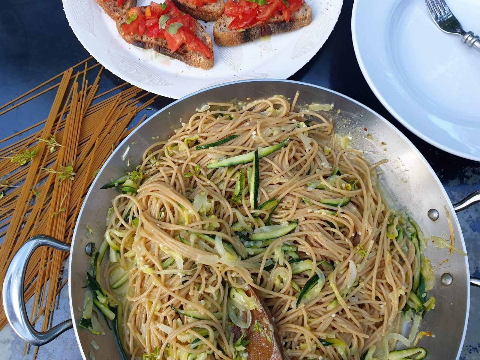 An A-Z of Pasta spaghetti with courgettes-