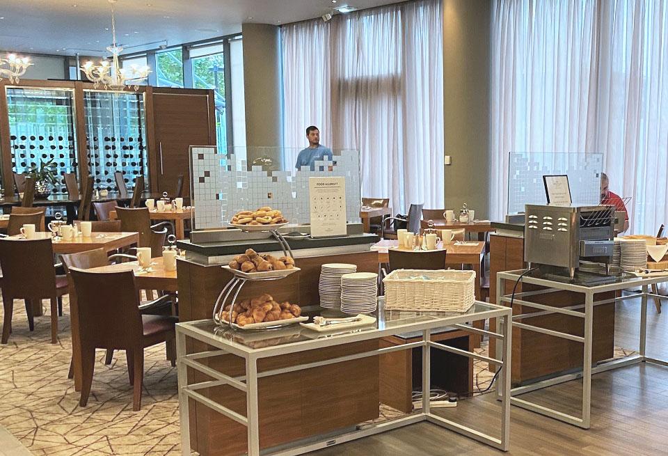 Breakfast Buffet Crowne Plaza