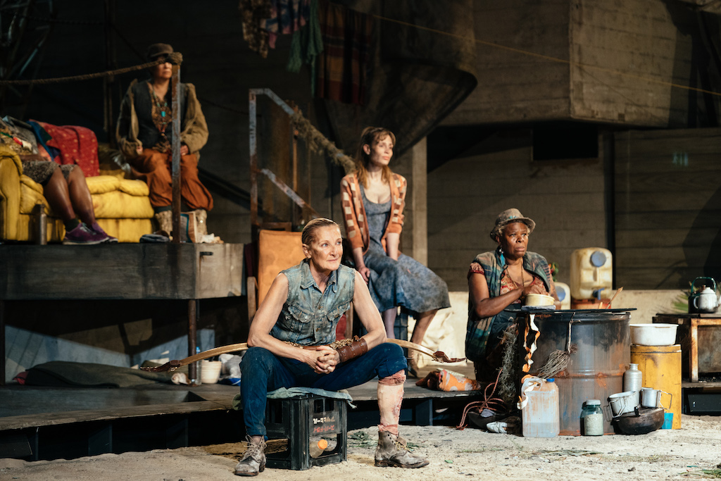 Lesley Sharp (Philoctetes), Amie Francis (Zuleika) and Sutara Gayle (Jelly) at the National Theatre. Photo by Helen Murray_98
