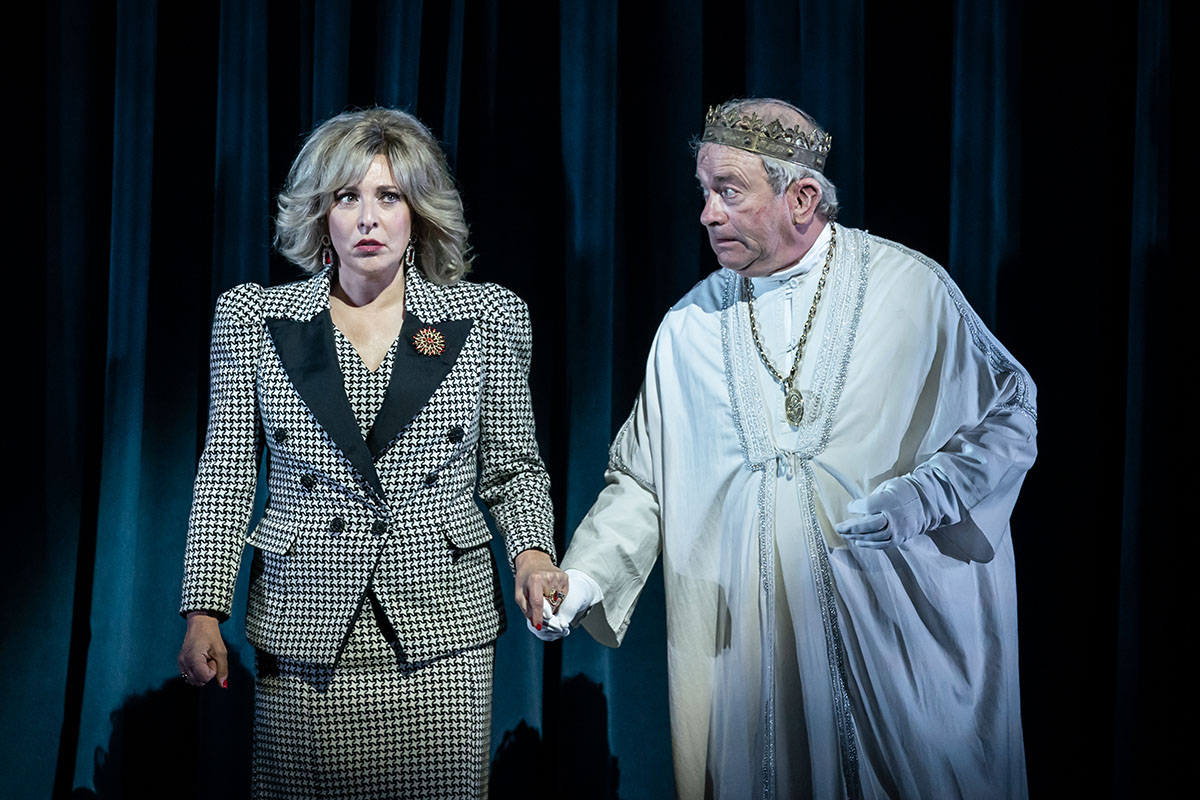 The Windsors Endgame Tracy-Ann Oberman (Camilla), Harry Enfield (Charles) Photo Marc Brenner