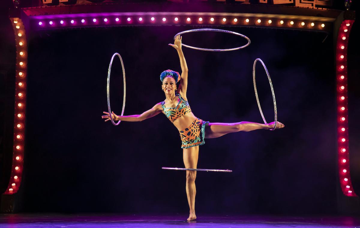 Wonderville 7 Guinness World Record-holding hula hoop artist Amazí Pamela Raith