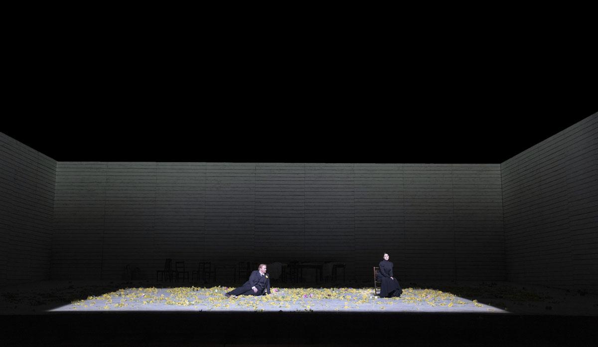 A scene from Jenufa by Leo? Jan‡?ek @ Royal Opera House. Directed by Claus Guth. (Opening 28-09-2021) ©Tristram Kenton 09-21