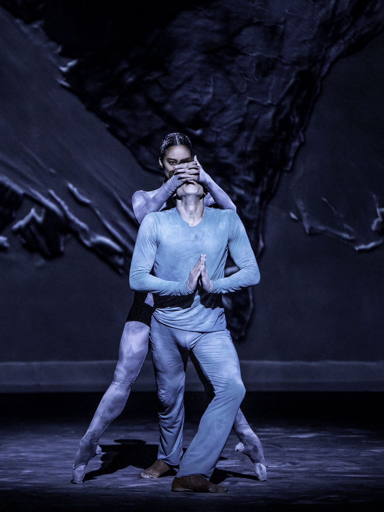 Fumi Kaneko and Edward Watson in Wayne McGregor's The Dante Project © 2019. Photograph by Cheryl Mann-2 (cropped)- s