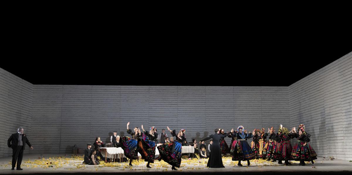 A scene from Jenufa by Leoš Janáček @ Royal Opera House. Directed by Claus Guth. (Opening 28-09-2021)