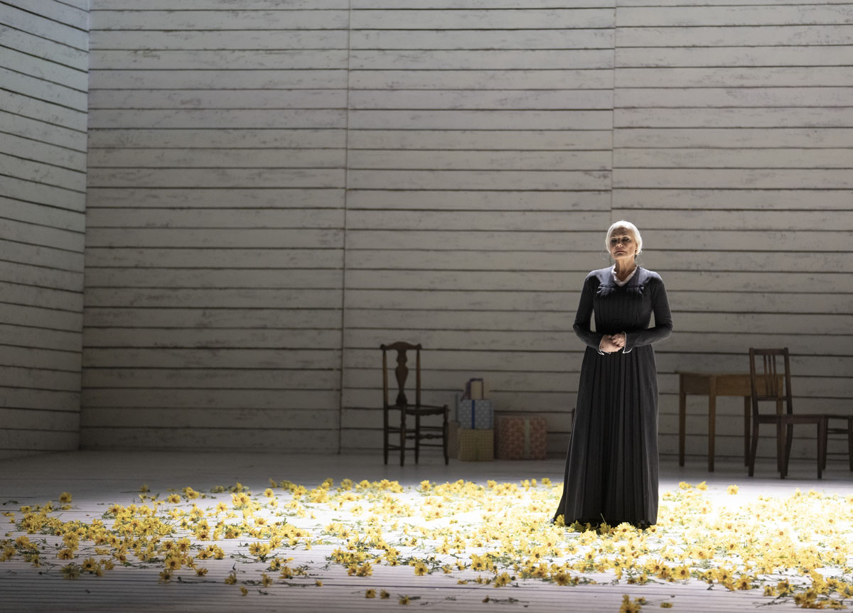 A scene from Jenufa by Leo? Janacek @ Royal Opera House. Directed by Claus Guth. (Opening 28-09-2021)