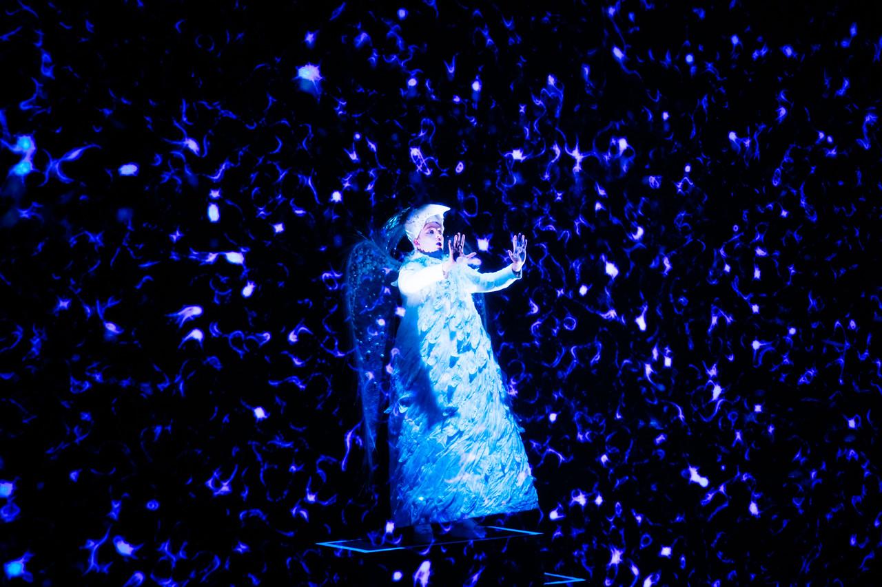 Mythosphere rWritten and directed by Inna DuleraynrMotion graphics and animation: Masha YukhananovrStage design and props: Jemima RobinsonrCostume design: Anna SmirnovarMusic and sound objects: Alexey Nadjarov and Iraida YusupovarLighting design: Jackie ShemeshrVideo/sound design: Maks DemydenkorStone Nest rLondonr17th September 2021 rCredit and copyright: Helen Murray