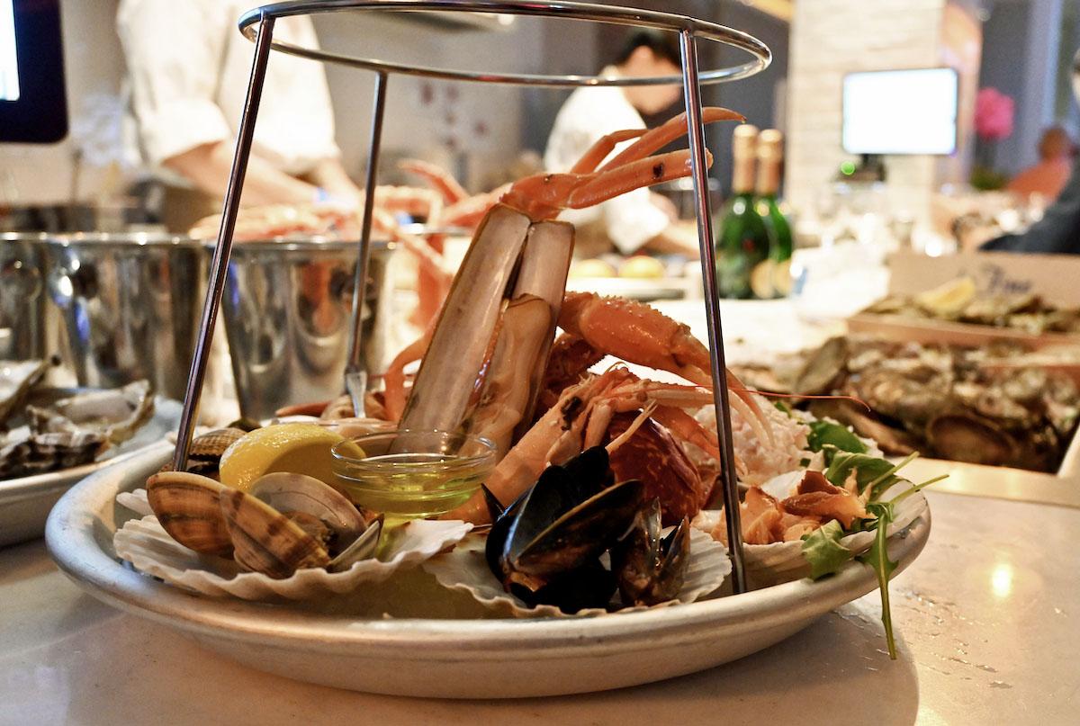 the Seafood Bar Fruits de Mer