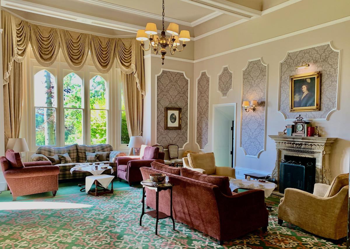 Ashdown Park Hotel int 5